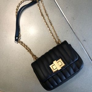 FOREVER 21 black + gold chain strap bag/purse